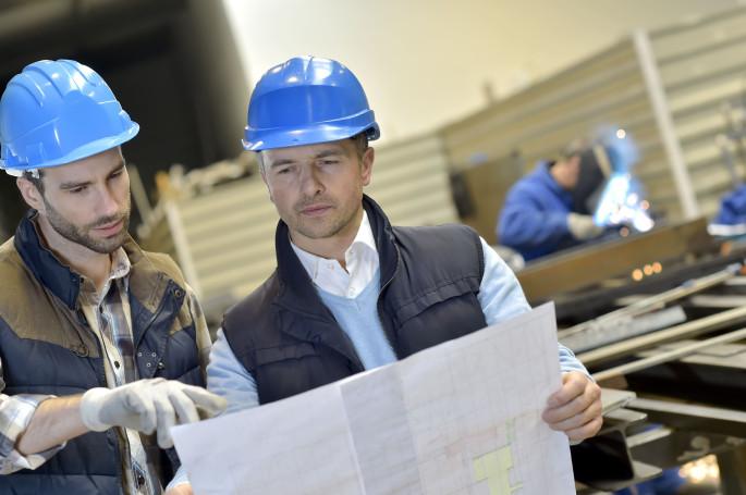 Все предприятия и организации, обязаны проверять, как сотрудники знают требования охраны труда и техники безопасности.