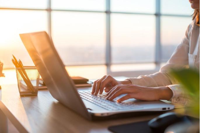 Ответственность за организацию рабочего места и налаживания непрерывной деятельности сотрудника лежит как на работодателе, так и на работнике
